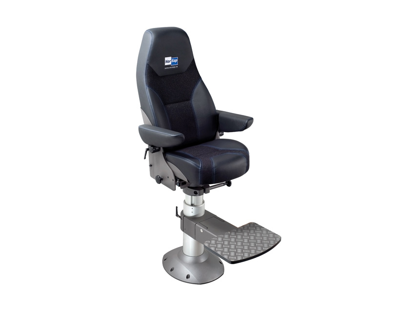 SKIP30CPM-skipper seat 30 comfort black leather - gas column with impact absorber 630/730 mm - foot small model-seimi
